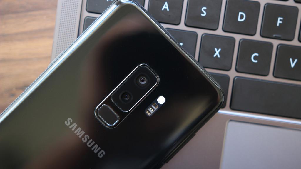 Galaxy S20: n on ilmoitettu jättäneen pois kaksoisaukko-tekniikan …
