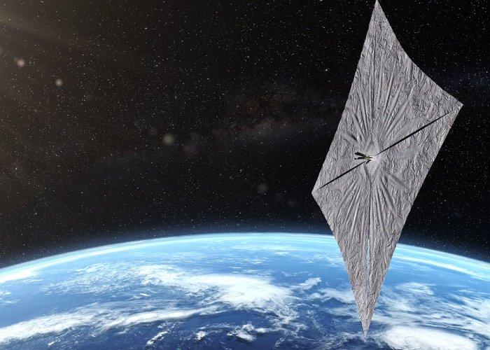 Ilmu di belakang Solar Sails menjelaskan
