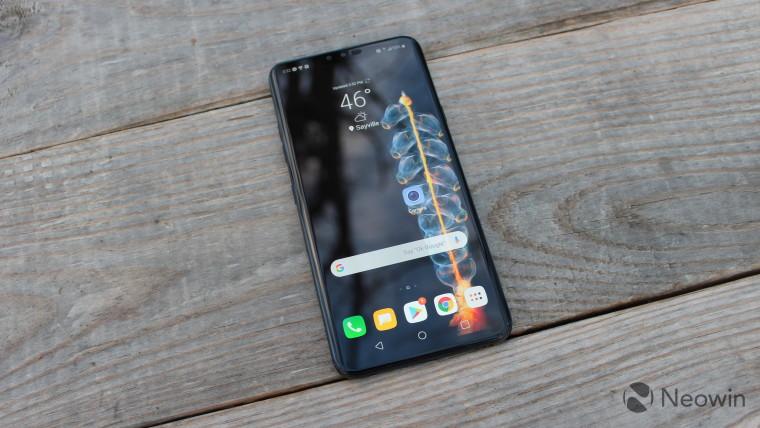 LG paten menunjukkan smartphone lipat tiga lipat