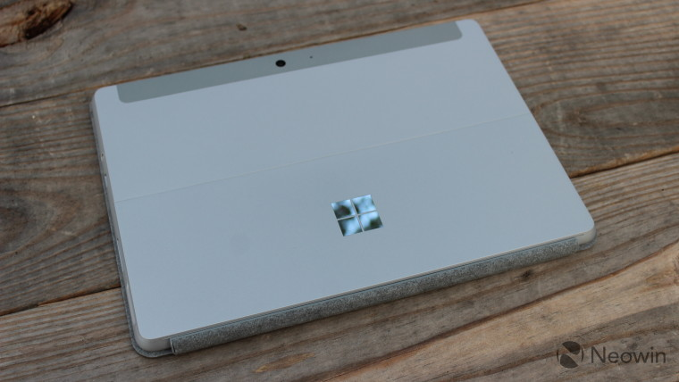 Microsoft mendiskon seluruh jajaran PC Permukaan selulernya