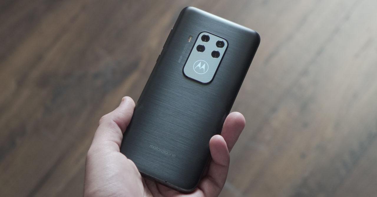 Đánh giá Motorola One Zoom: Thu nhỏ phạm vi 3