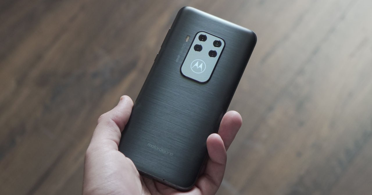 Motorola One Zoom, analisis: Zoom tanpa jangkauan