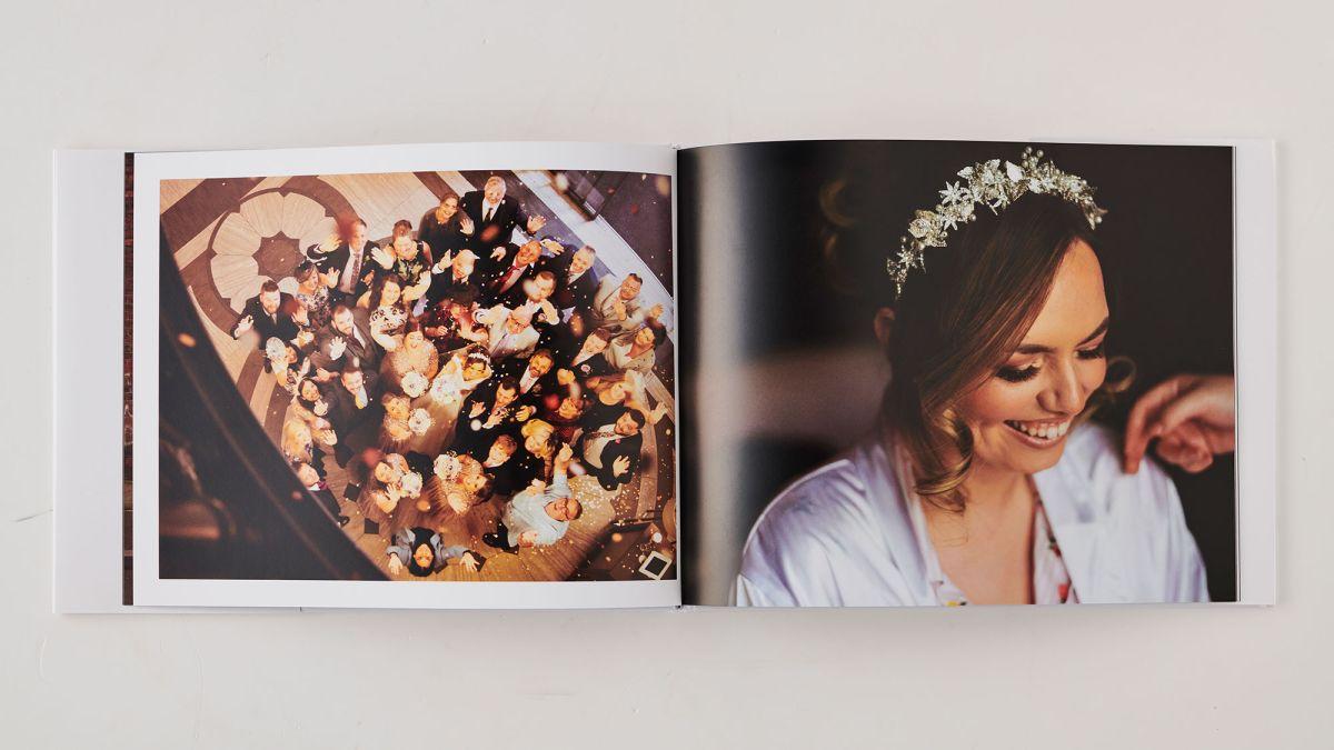 Ulasan buku foto Foto Mimeo 1