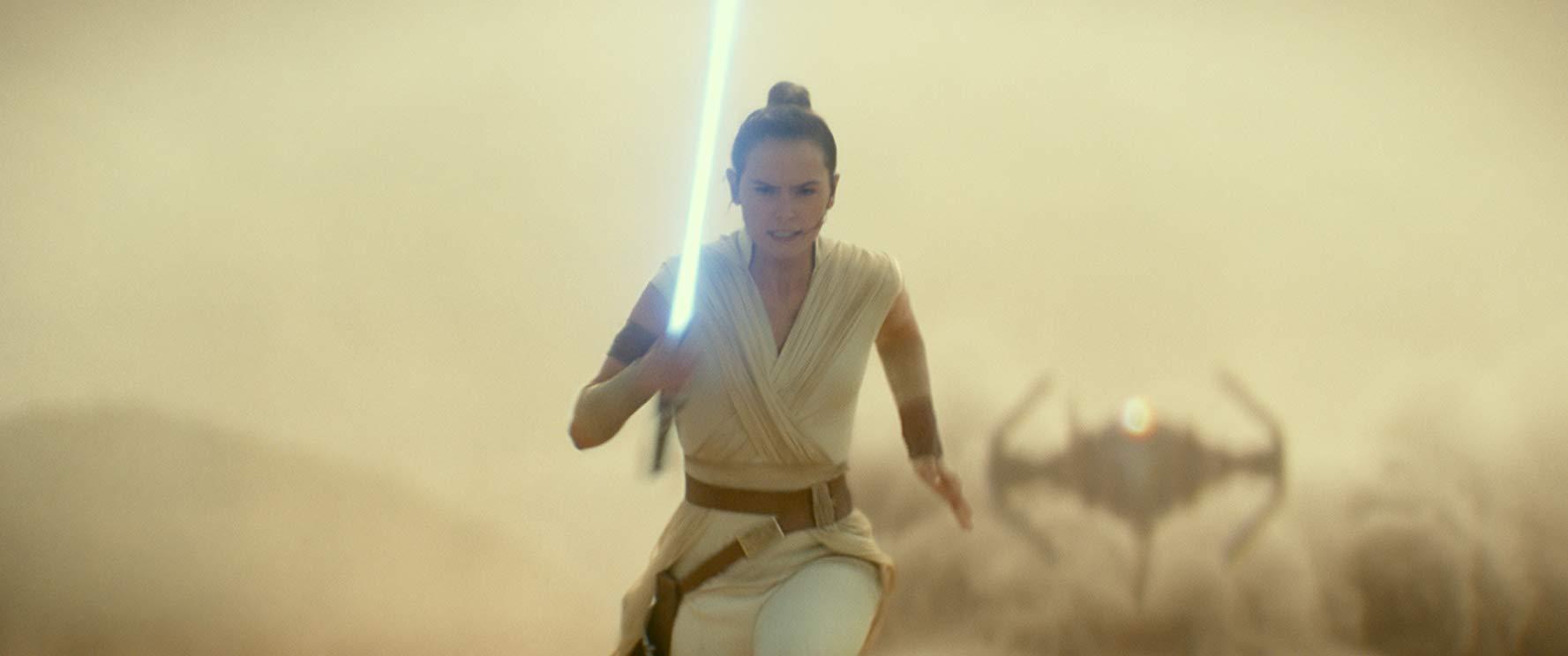 Rian Johnson chia sẻ suy nghĩ của mình về Star Wars: The Rise of Skywalker 1