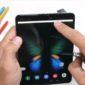 Samsung Galaxy Fold    Al no realizar pruebas tempranas y de arena, Samsung emite instrucciones de mantenimiento