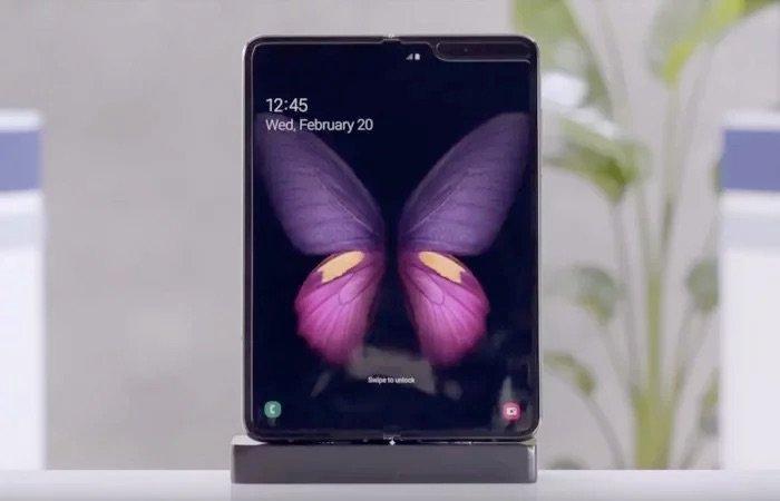 Samsung Galaxy Fold                ra mắt từ 18 đến 18 5