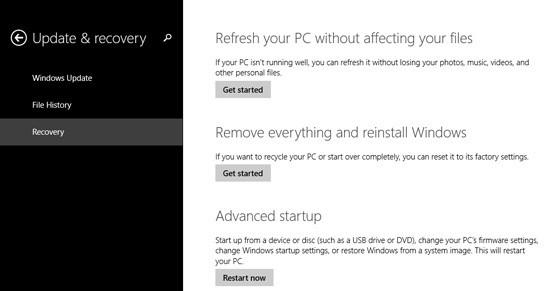 """Palauta sistema ei ole suoritettu oikein """" Windows 10"""