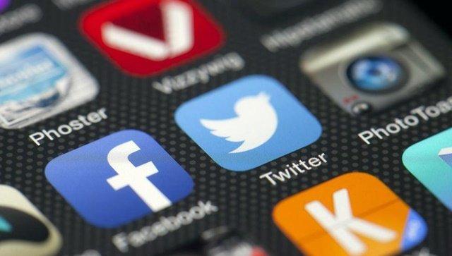Twitter descubre más que 1.5 millones de cuentas falsas