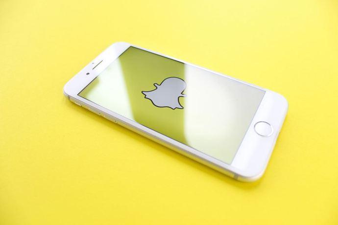 Cómo usar Snapchat y Bitmoji juntos
