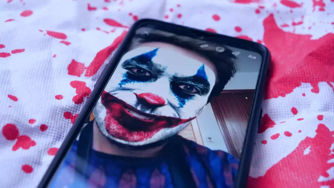 Cara menambahkan filter Halloween ke blog Anda Instagram Cerita