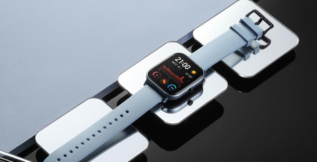 Huami menjual klon Seri 4 Apple Jam tangan