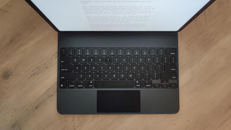 Los usuarios de iPad Pro se quejan de que Magic Keyboard agota la batería