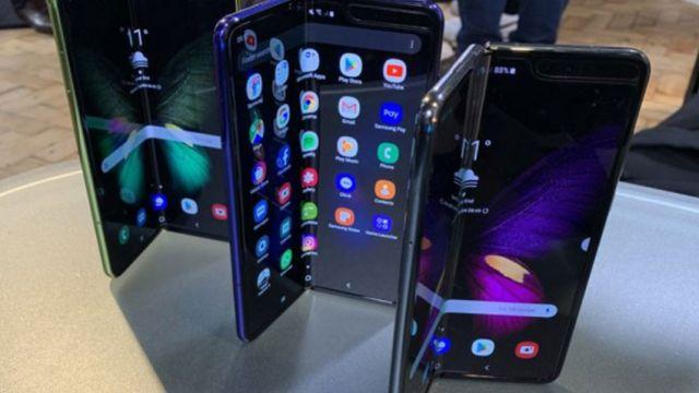 Samsung Akan Keluar Dengan Ponsel Yang Lebih Lipat