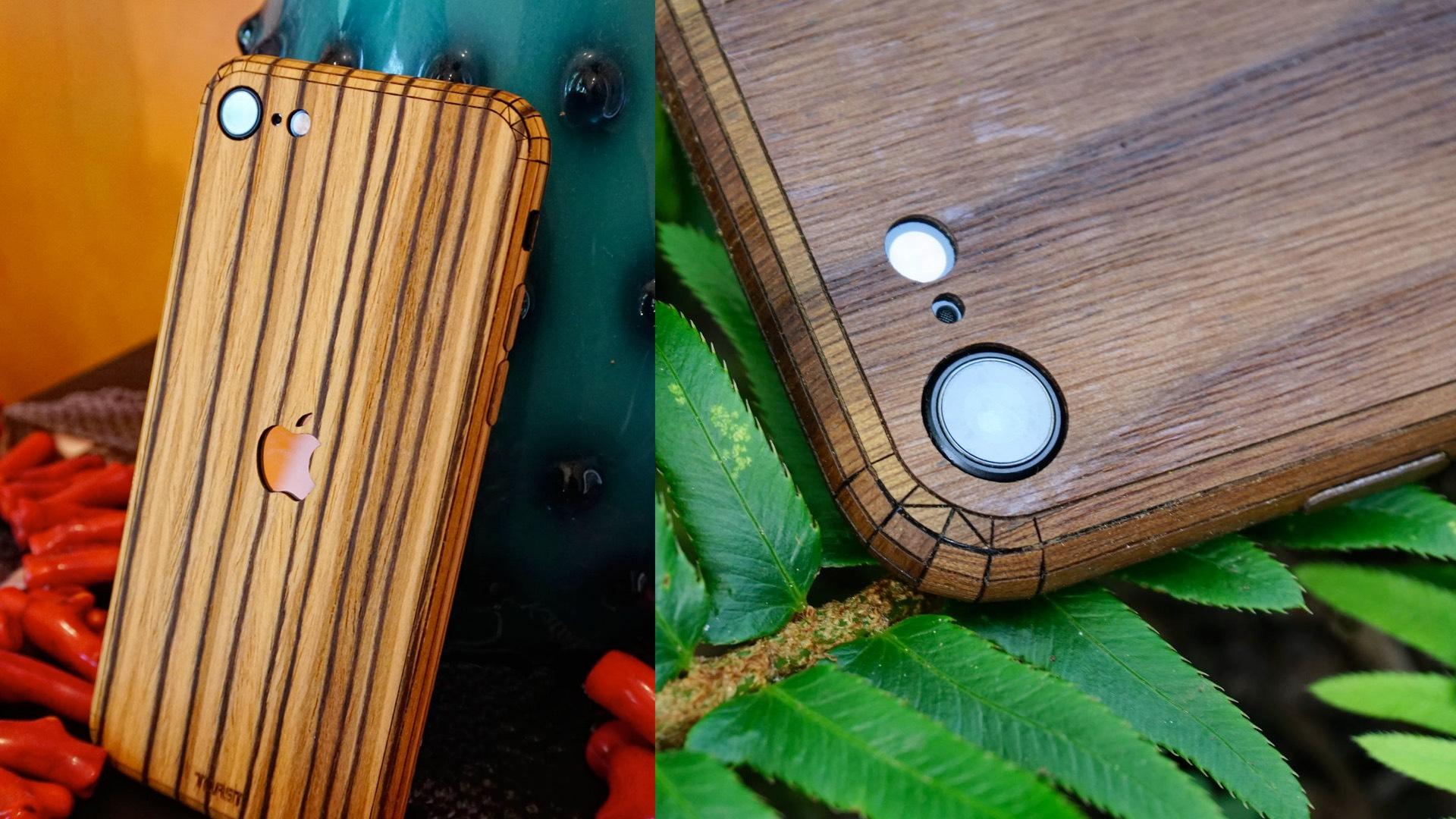 Toast iPhone SE 2020 Revisión de la cubierta de madera
