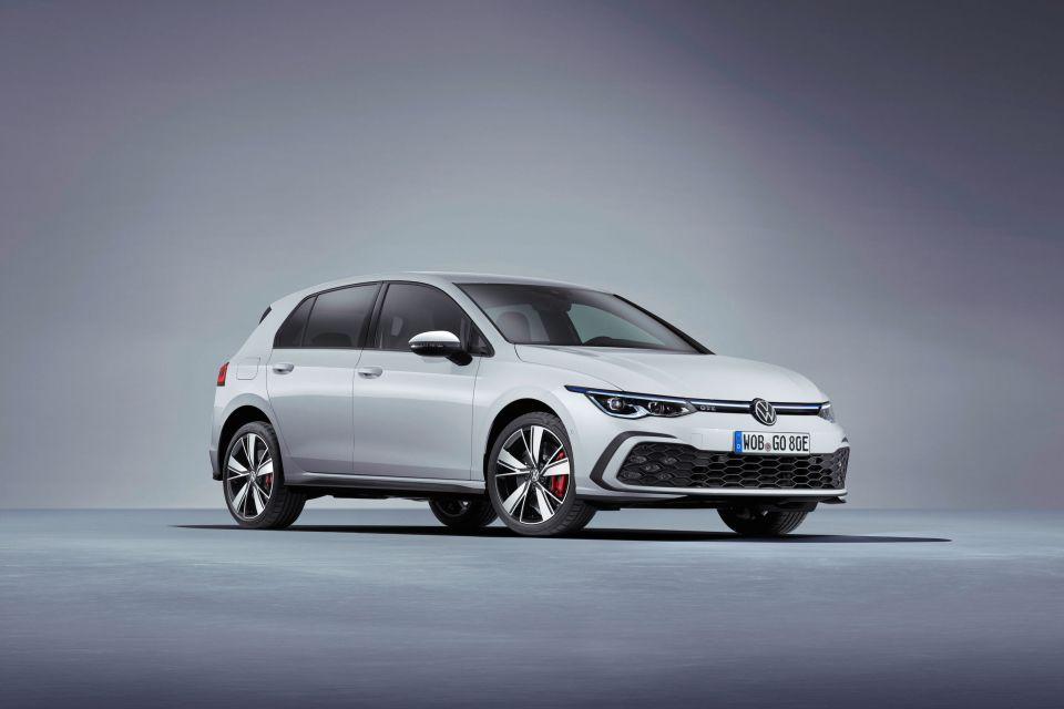 VW Golf GTE mendapatkan versi baru dengan otonomi yang lebih besar dan kekuatan yang lebih besar