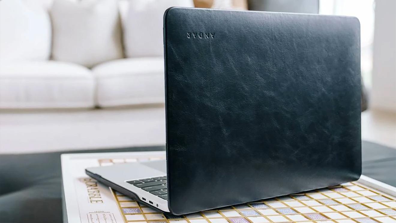 Funda The Helm de Andar Wallet para MacBook Pro