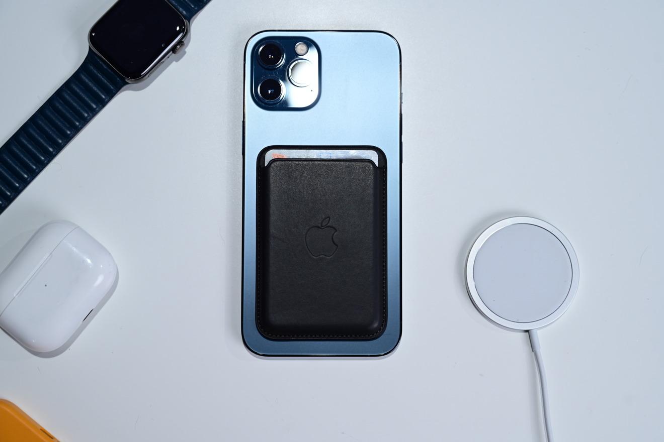 Apple  cartera MagSafe de piel