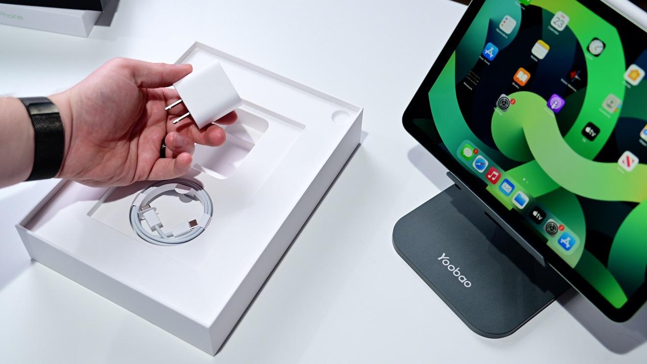 Adaptador USB-C de 20 W en la caja