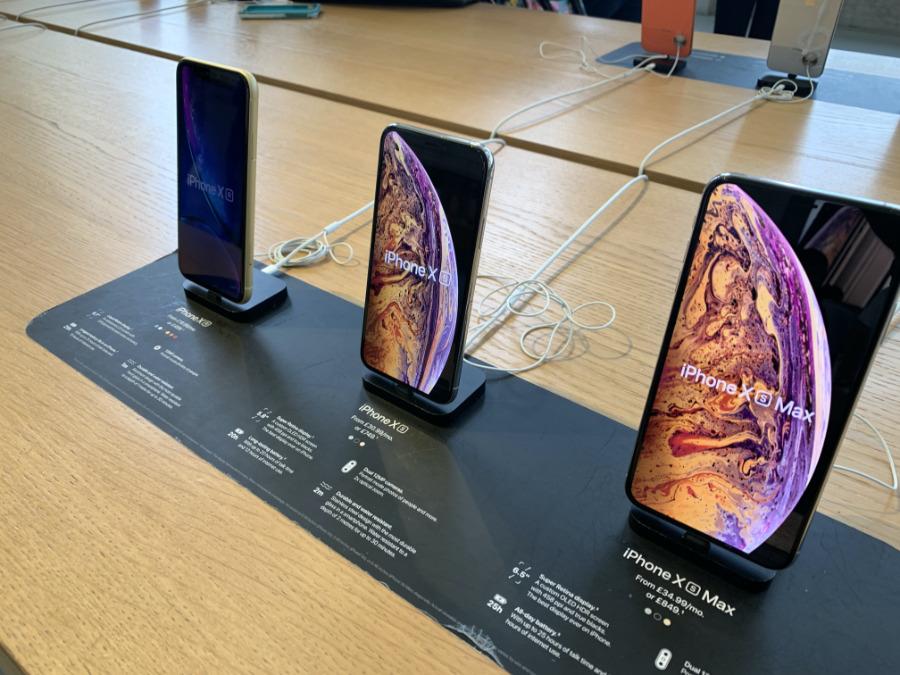 iPhone XS en exhibición en Apple Tienda