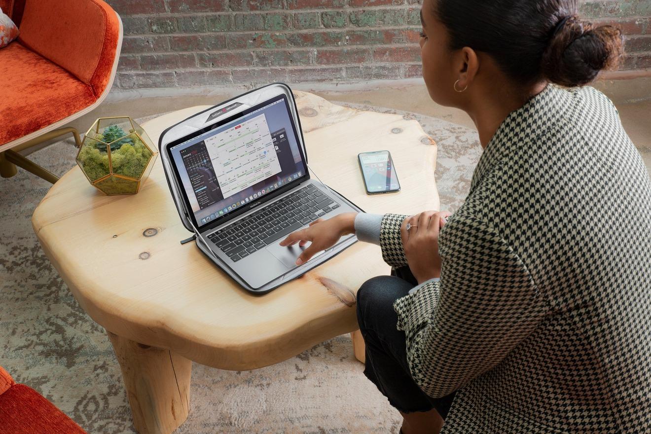 SuitCase para MacBook de Twelve South