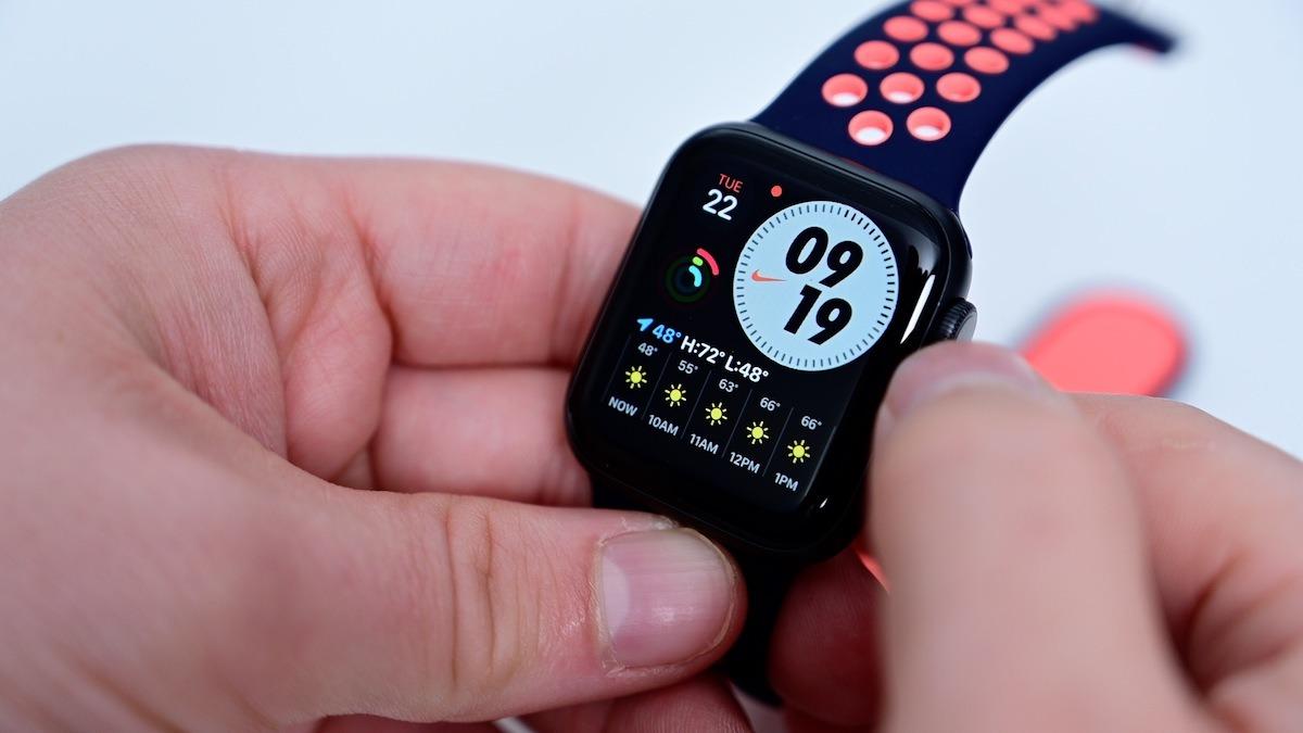 El nuevo Apple Watch La esfera del reloj exclusiva de Nike cuenta con un reloj personalizable y puntos para complicaciones.  Crédito: AppleInsider