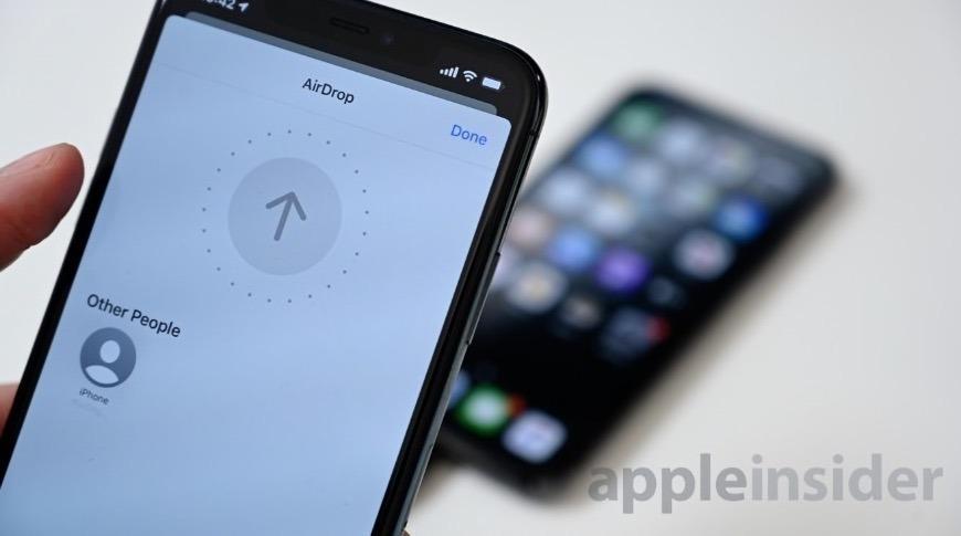 La implementación actual del chip U1 en Apple dispositivos.  Crédito: Andrew O'Hara, AppleInsider