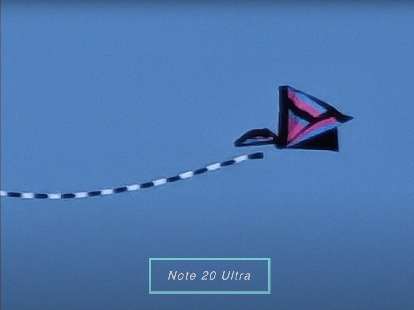 La Note 20  Ultra a 50X es incluso mejor que ambos