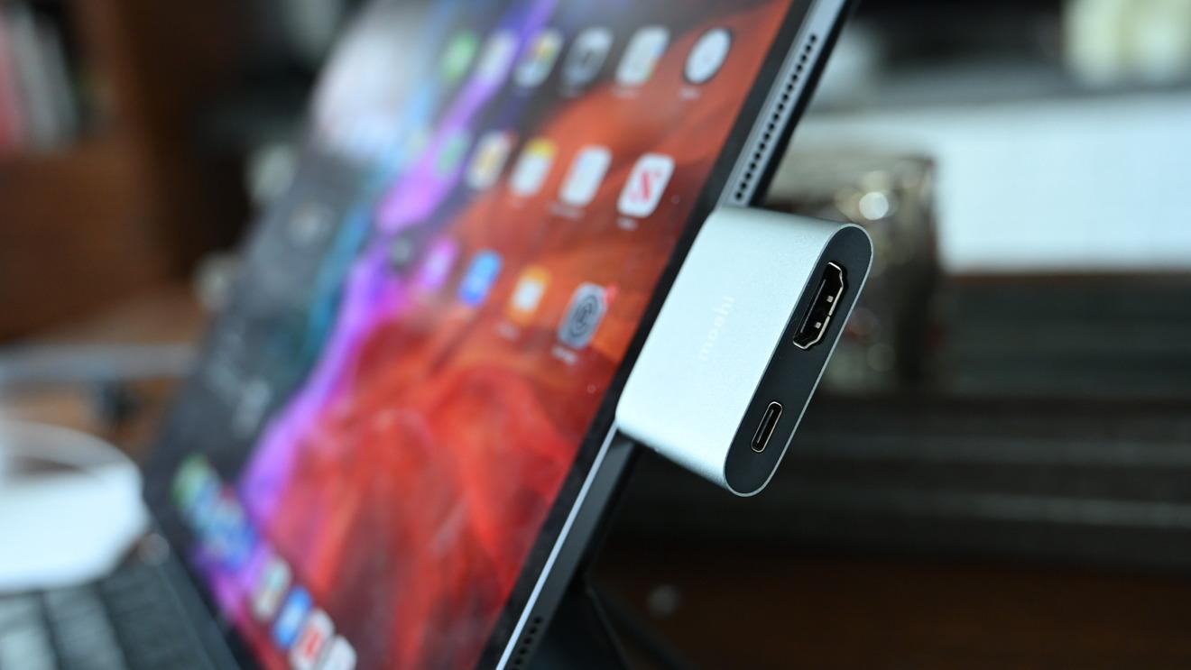 Adaptador Moshi USB-C a HDMI con carga