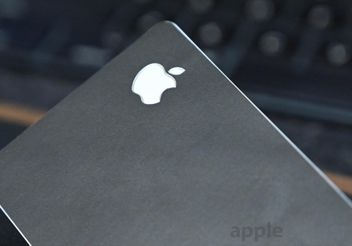La precisión es clave para dbrand Apple Máscaras de cartas