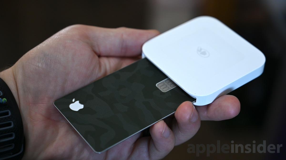 Apple  La tarjeta es un poco demasiado gruesa para algunos lectores con las carátulas frontal y posterior aplicadas