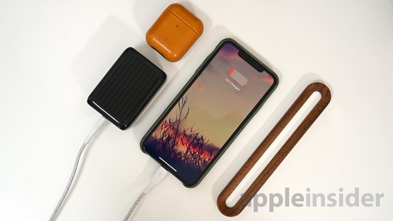 SuperMini puede cargar rápidamente un iPhone
