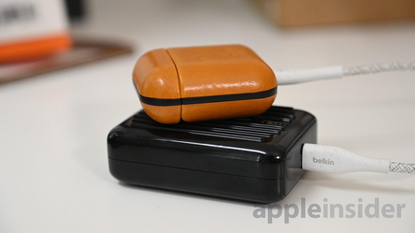 El modo X-Charge puede cargar dispositivos de bajo consumo como AirPods o Apple Watch