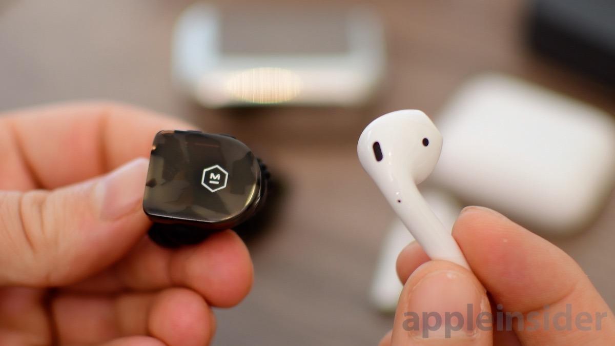 Auriculares inalámbricos Master y Dynamic MW07 y Apple AirPods