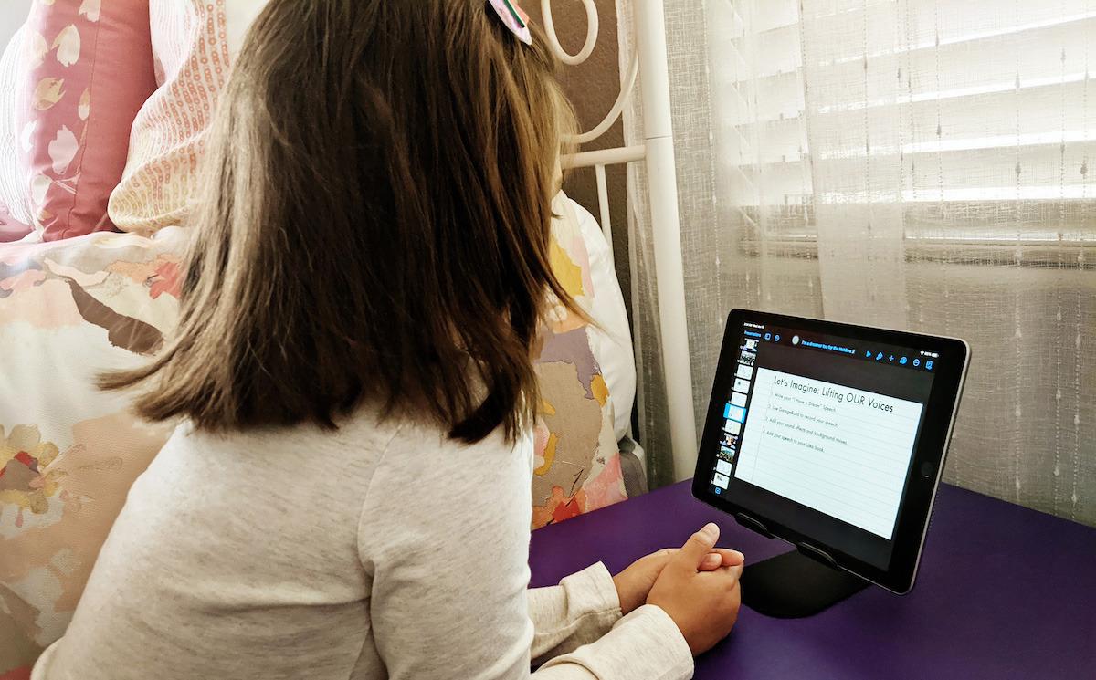 Los estudiantes usarán AppleiPad y varias aplicaciones iPadOS durante el proyecto.  Crédito: Apple