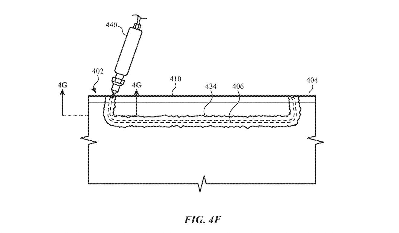 La patente cubre en gran medida el uso de tintas para ocultar la unión de carcasas de dos partes.