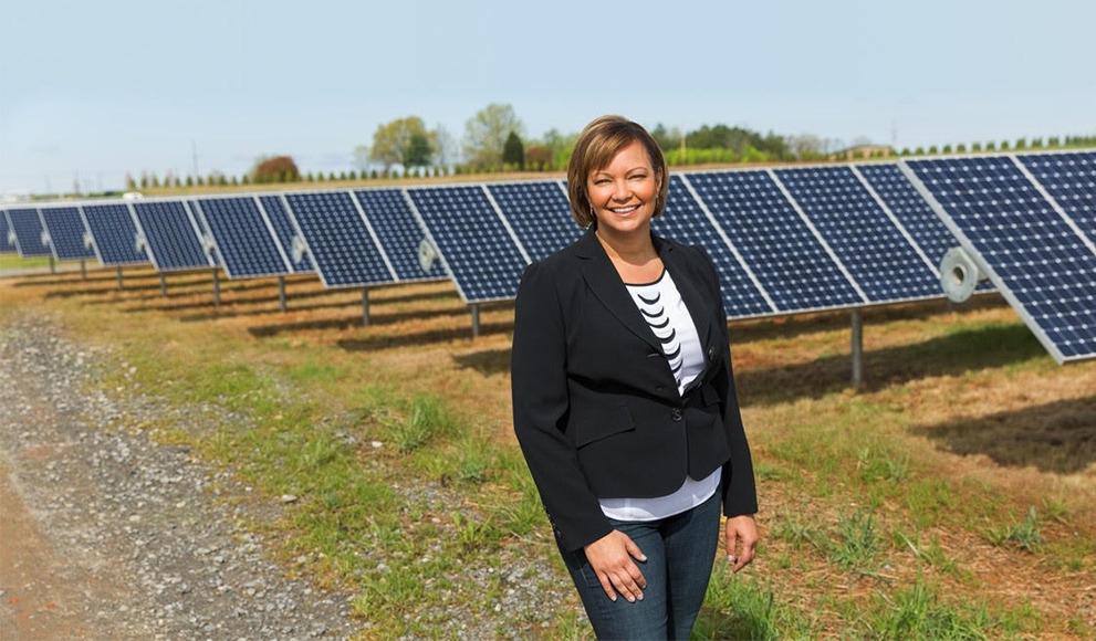 AppleVicepresidente de Medio Ambiente, Políticas e Iniciativas Sociales, Lisa Jackson