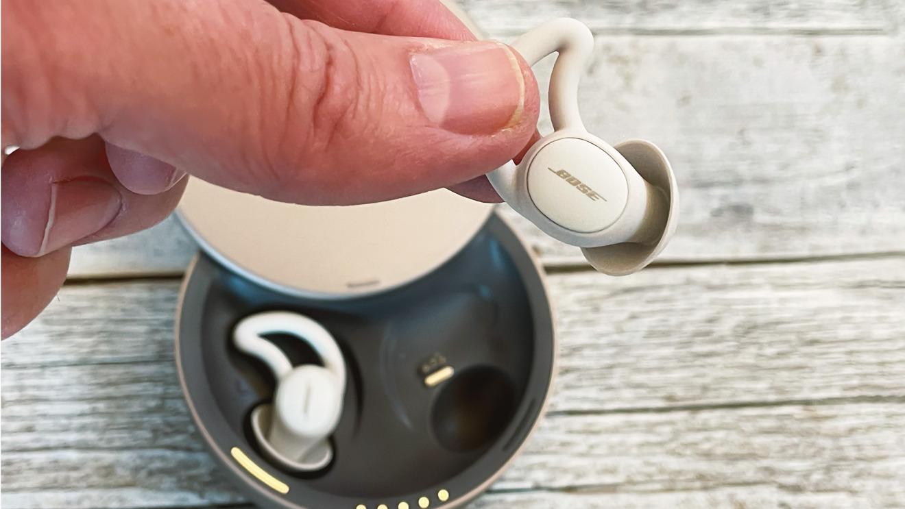 Bose Sleepbuds II y la punta del oído