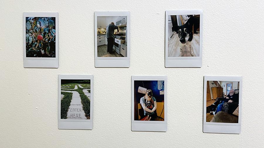 Las fotos pequeñas se pueden colgar en la pared, guardar en una tarjeta o colocar en un álbum.