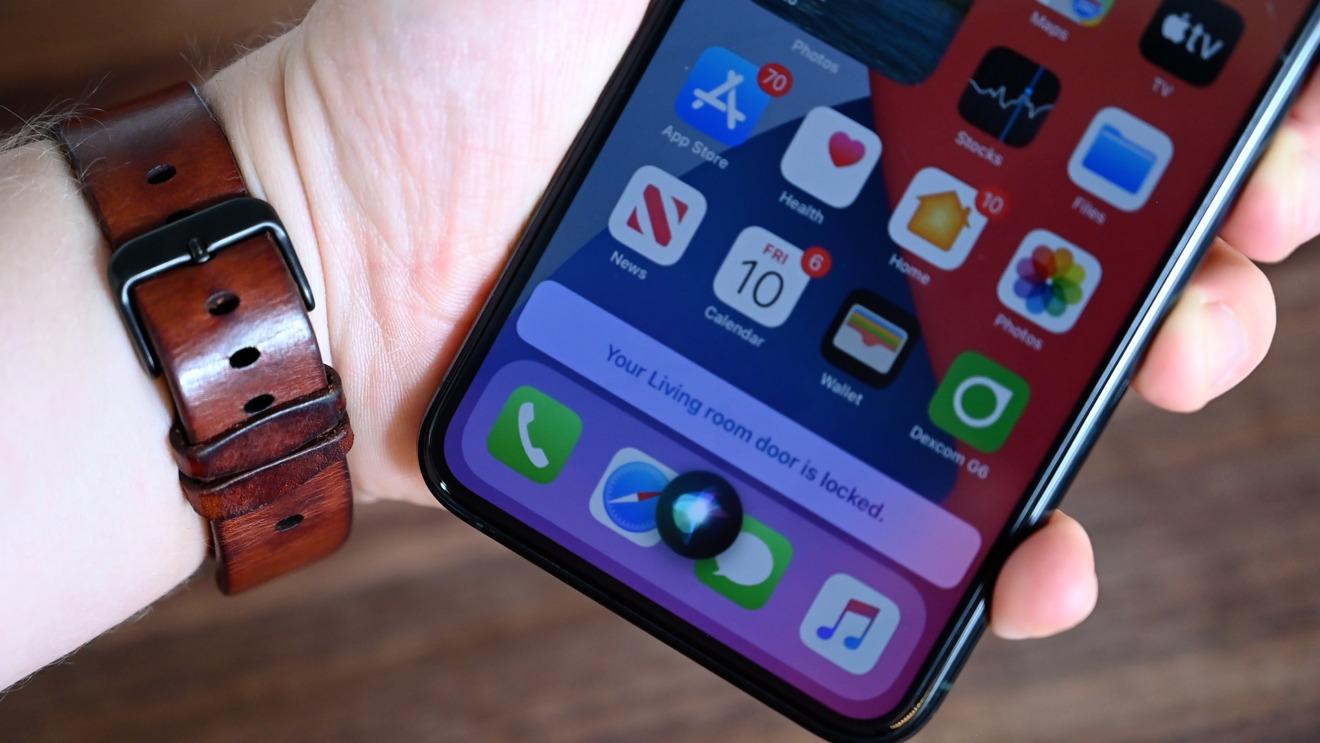 Siri comprobando el estado de nuestra puerta principal