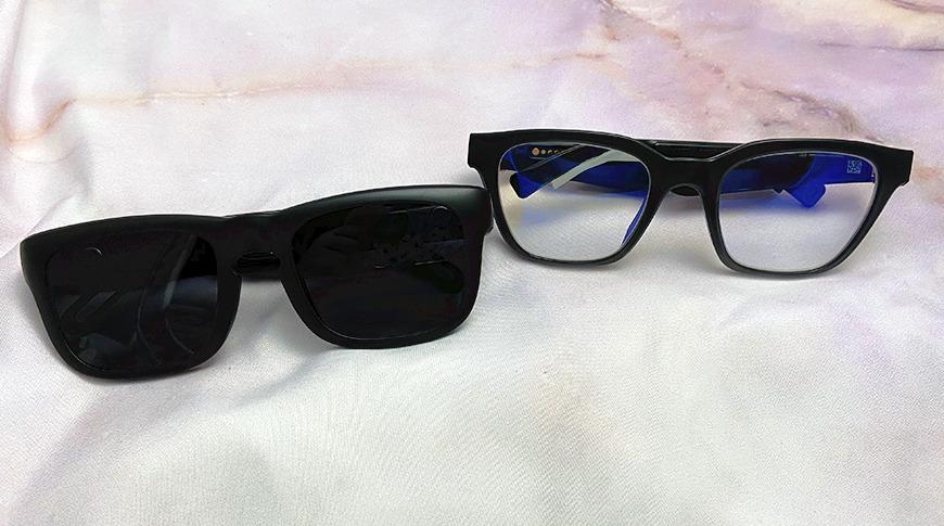 Izquierda: gafas de audio de Evutech, derecha: Bose Frames   Note: Las lentes Bose Frames fueron reemplazadas por el propietario.